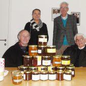 Emser Imker spenden heimischen Honig