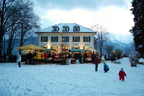 Stimmen Sie sich auf die kommenden Weihnachtstage ein und genießen Sie den Tag im Park der Villa Falkenhorst.                              VERANSTALTER