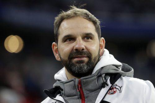 Zumindest bis Sommer ist Stefan Ruthenbeck Trainer beim 1. FC Köln.ap