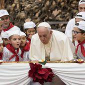 Papst bekommt Unterstützung zum Geburtstag