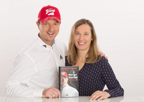 Alexander Pointner und seine Frau Angela mit dem neuen BuchChristian Forcher
