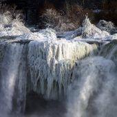 Eiseskälte erzeugt Naturspektakel an Niagarafällen