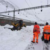 Tausende Touristen sitzen in den Alpen fest
