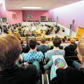 Mennel-Rücktritt löst Personalrochade aus