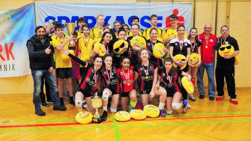 Die beiden Siegerteams von Mulhouse (Mädchen) und Baden-Württemberg (Burschen) beim Sparkassencup 2018 in Feldkirch. Privat