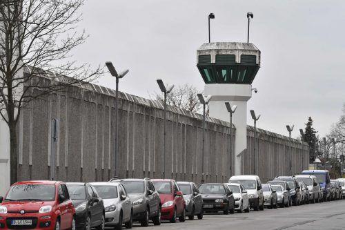 """Die JVA Plötzensee: Die Opposition spricht hämisch vom """"Haus der offenen Tür"""". APA"""