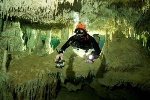 Die Unterwasserhöhle ist mit knapp 350 Kilometern die längste der Welt. Rts
