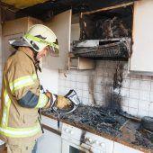 Kleinkind löst Brand in Küche aus