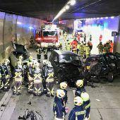 Schwerer Unfall im Arlbergtunnel fordert elf Verletzte. B1 Bernd Hofmeister