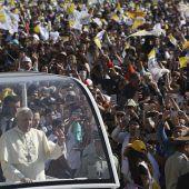 Papst trifft in Chile ein