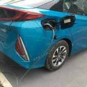 Toyota hat den Prius von der kurzen Leine genommen