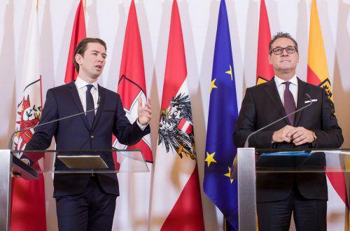 Kanzler Kurz und Vize Strache kündigten eine Digitalisierungsoffensive an. Österreich solle diesbezüglich wieder an der Spitze stehen. APA