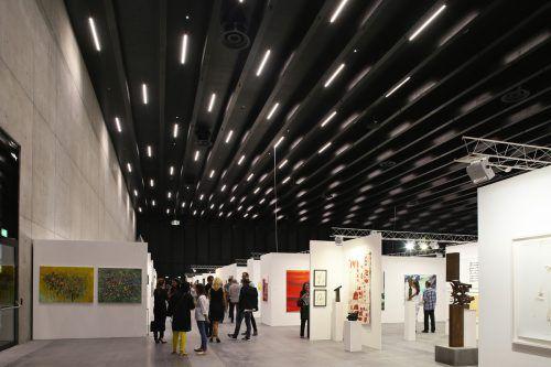 Lichttechnisch setzte Zumtobel die neuen Hallen der Messe Dornbirn mit einer Sonderlichtlösung in Szene. Zumtobel