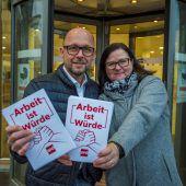 SPÖ-Demos vor allen AMS-Stellen im Land