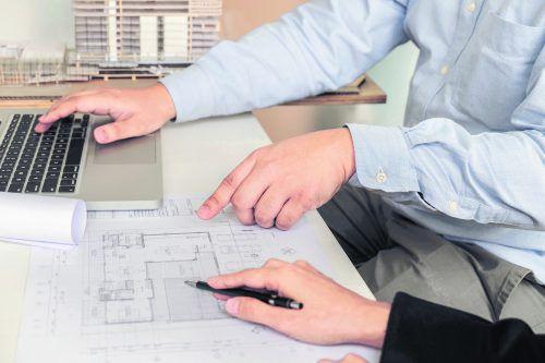 Örtliche Bauämter geben gerne Auskunft zum Ablauf eines Bauverfahrens.