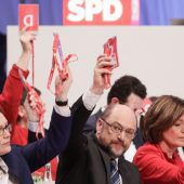 SPD macht Weg frei für Koalitionsverhandlungen