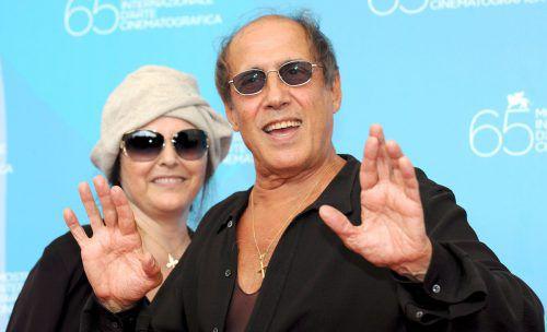 """Verheiratet ist Adriano Celentano seit 1964 mit Claudia Mori. """"Siamo la coppia piu bella del mondo"""" (""""Wir sind das schönste Paar der Welt"""") sangen sie 1967 im Duett."""