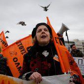 Zahlreiche Griechen treten in den Streik