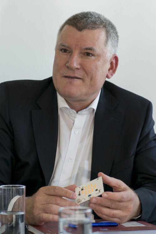 Alfred Felder übernimmt bis auf Weiteres den Vorsitz im Zumtobel-Vorstand . VN/DS