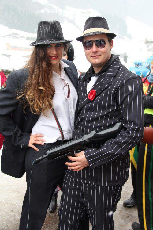 Bonnie und Clyde dürften dieses Paar inspiriert haben.