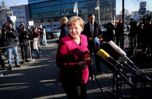 CDU-Chefin und Bundeskanzlerin Merkel mahnte auf allen Seiten Kompromissbereitschaft ein. dpa