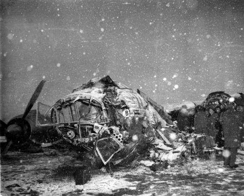 """""""Das hat mein Leben verändert"""", sagt Sir Bobby Charlton, der das Unglück überlebte."""