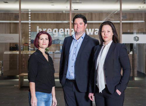 Das Team der Baurechtsverwaltung Bregenzerwald: Peter Heiß, Barbara Salvatori und Brigitte Bischof. mo