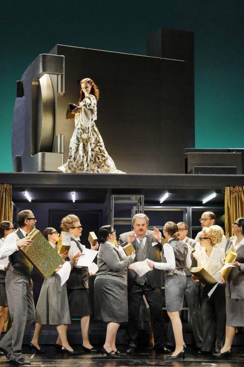 Dass das Vorarlberger Landestheater einmal pro Saison zum Opernhaus mutiert, hat Tradition. Anja Koehler