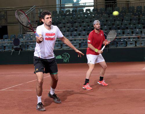Der Feldkircher Philipp Oswald (l.) wird mit dem frischgebackenen Australian-Open-Sieger Oliver Marach (r.) das Doppel bestreiten.gepa