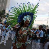 Samba und Soldaten