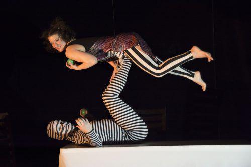 """Der """"Neue Zirkus"""" etabliert sich auch in Österreich als eigenständige Kunstform. Christina Berzaczy"""