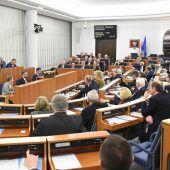Scharfe Kritik an Polen wegen Holocaust-Gesetz