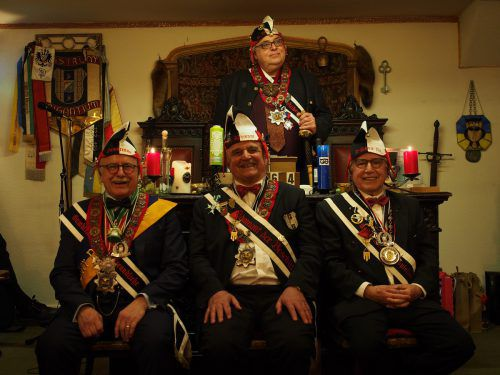 Die drei Jubilare wurden am Freitag für ihre langjährige Vereinstreue ausgezeichnet.Verein