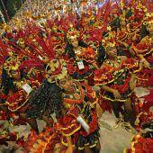 Mit Gesellschaftskritik zum Sieger der Karnevalsparade