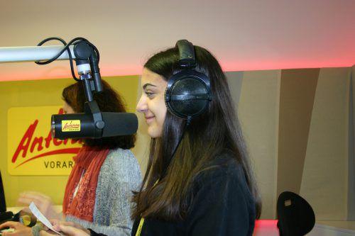 Die Schüler durften sich bei Antenne Vorarlberg als Radiosprecher versuchen.