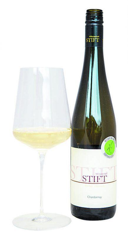 Dieser Chardonnay passt ausgezeichnet zum Hirsch-Carpaccio.VN/beate Rhomberg