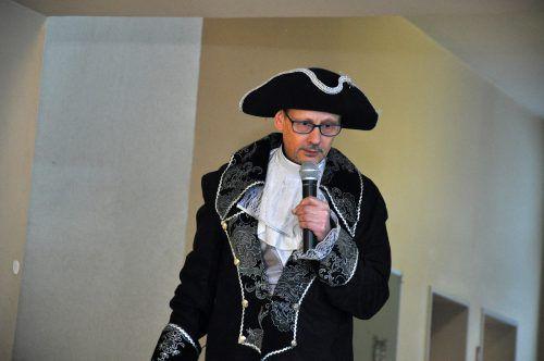 Direktor Jürgen Sprickler fehlt am Ausweichdomizil nur eine Turnhalle.