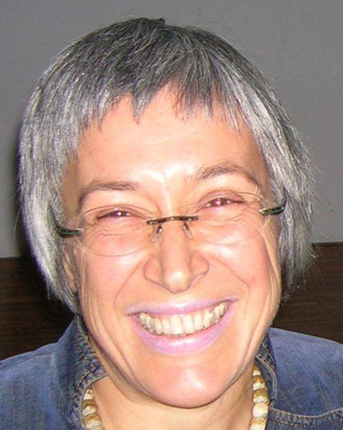 Dr. Eva Häfele hält im Visionscafé einen Vortrag zum Frauenvolksbegehren. the