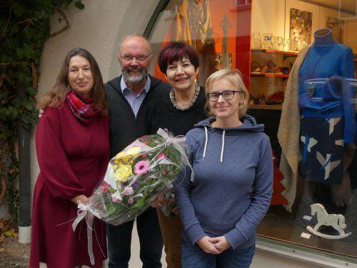Edith Zech, Eine-Welt-Verein Obmann August Huemer, die scheidende Geschäftsführerin Sigrun Lenzi und Sabine Klapf (v. l.) Eine-Welt-verein