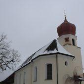 Kirche in Marul durch Beben bedroht. B1