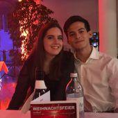 Die erste große Liebe Larissa Brunner (18) & Mauricio Holzer (18) kennen sich aus der Schule