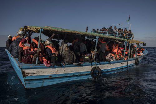 Für die Menschen sei das Dasein in ihren Ländern untragbar geworden, sagt Asserate. Deswegen flüchten sie. AP, Anna Meuer