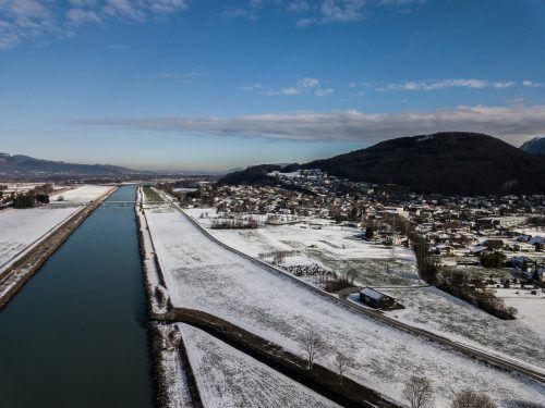 Geplante Verbauung des Rheins gegen Hochwasserkatastrophen sorgt weiter für Diskussionen. Steurer