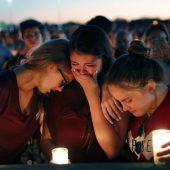 FBI räumt Pannen im Fall des Todesschützen von Florida ein