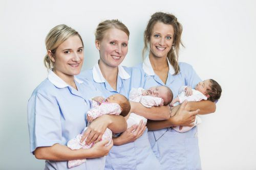 In den Geburtshilfeabteilungen der Krankenhäuser, wie etwa in Dornbirn, sind Mütter und Kinder in guten Händen. kh dornbirn
