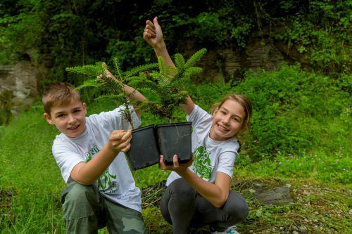 Kinder mit der Natur vertraut zu machen ist ein Ziel der Umweltorganisationen.vn/rp