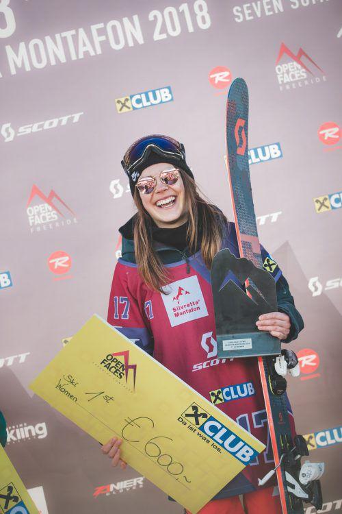 Laura Überbacher freute sich über ihren Sieg beim Heim-Event.Knoll