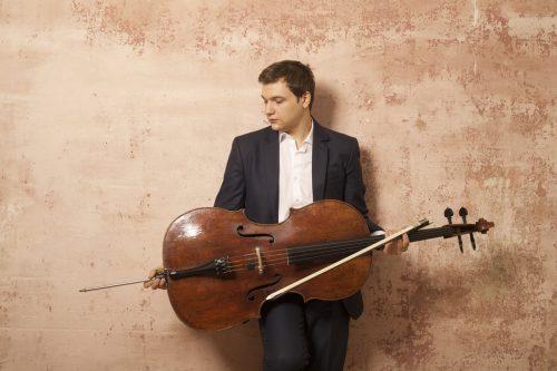 Mit 23 Jahren hat der rumänische Cellist Andrei Ionut Ioniţâ den Durchbruch bereits geschafft. IONIŢÂ