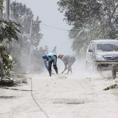 Eruption zerstört Vulkangipfel