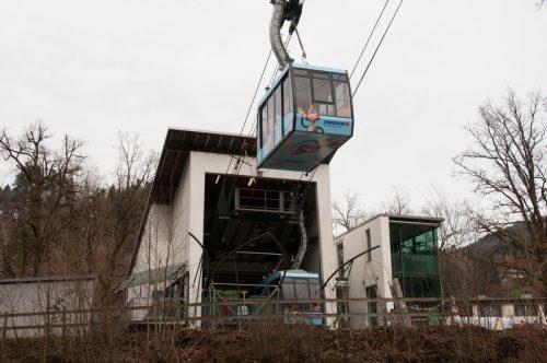 Nach der Revision startet die Karrenseilbahn direkt in den Sommerfahrplan. Stadt